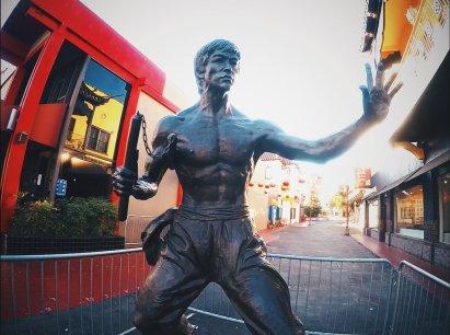 statue de Bruce Lee - The Chris's Adventures
