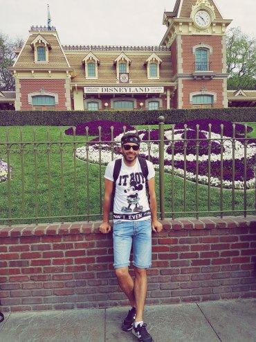 Entrée de Disneyland -Disneyland Anaheim - The Chris's Adventures -
