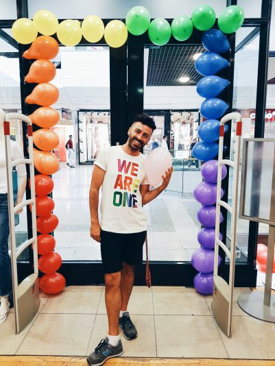 Gay Pride Montpellier - Gap Inc. - #WeAreOne - The Chris's Adventures