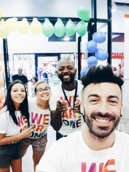 Gay Pride Montpellier - Gap Inc. - #WeAreOne - The Chris's Adventures