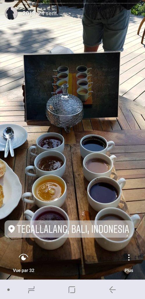 Dégustation des spécialités du café Kumulilir - The Chris's Adventures