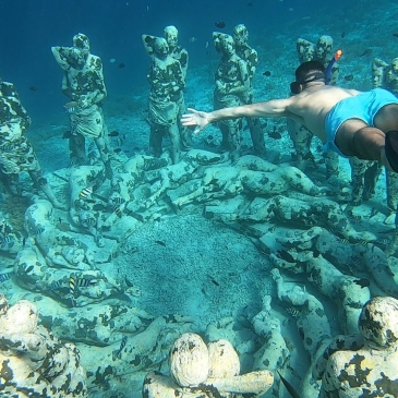 A la découverte de Nest - Underwater Statues - Gili Meno - The Chris's Adventures